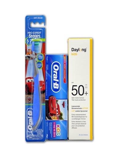 Daylong DAYLONG Kids SPF50+ 150 ml Çocuk Güneş Koruyucu ORAL-B DİŞ FIRÇASI ve MACUNU HEDİYELİ Renksiz
